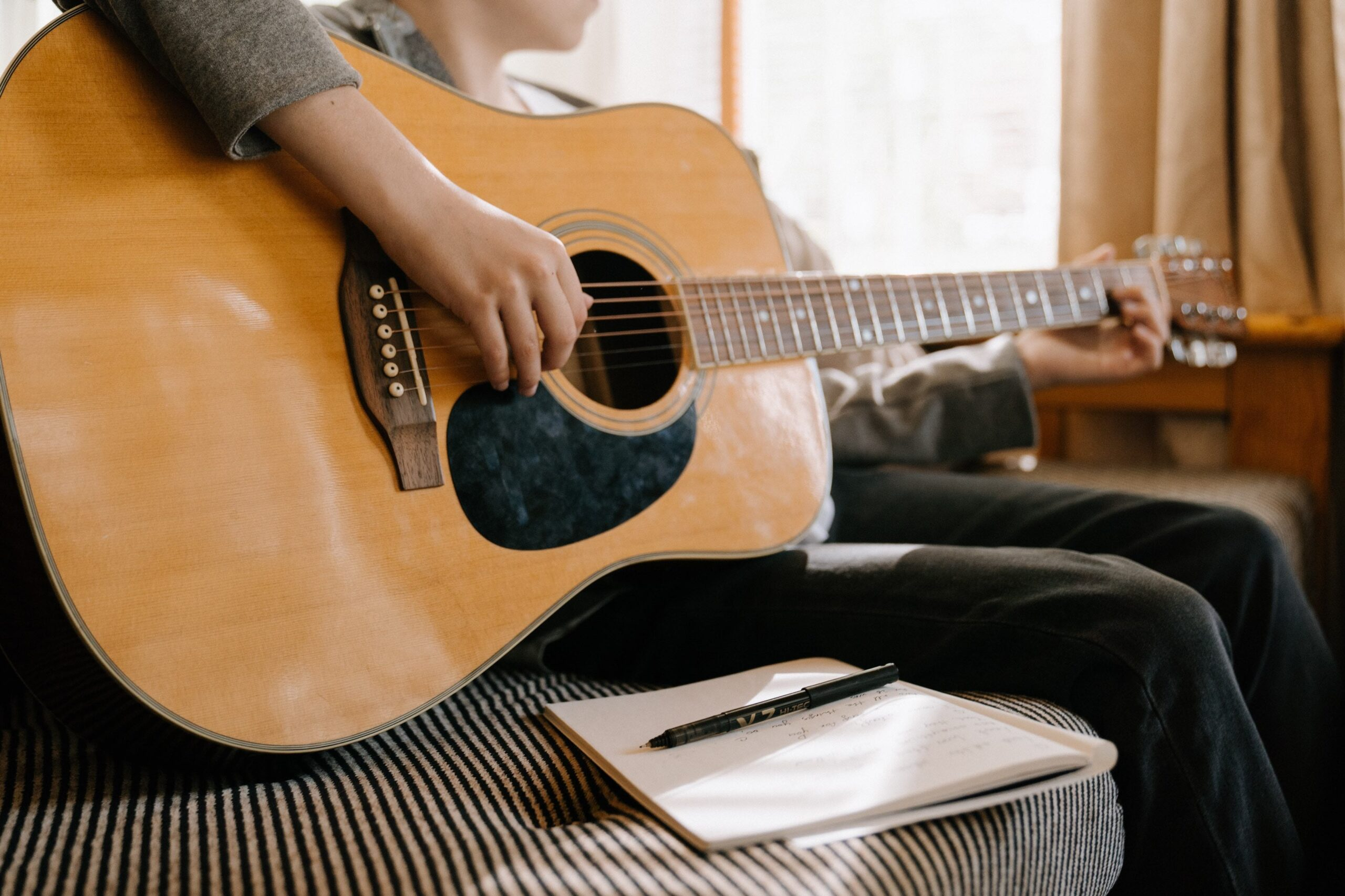 songwriting tips, techniques and advice for beginners